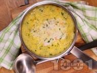 Вкусна пилешка супа с картофи, фиде и застройка от прясно мляко
